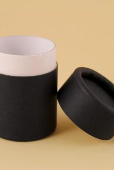 Картонный тубус-футляр упаковки био-добавок