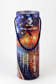 Брендированные тубусы для «ЭТМ». Этикетка: полноцветная печать + матовая ламинация.