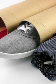 Упаковка для одежды и обуви.