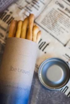 Упаковка для  хлебных палочек. Этикетка: крафт бумага, цифровая печать.