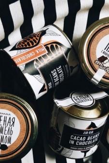 Упаковка для арахисовой пасты. Этикетка: мелованая бумага, офсетная печать.